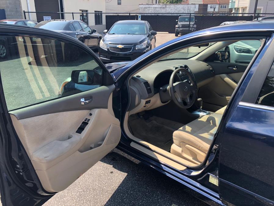 Used Nissan Altima 4dr Sdn I4 CVT 2.5 S 2010 | Eugen's Auto Sales & Repairs. Philadelphia, Pennsylvania