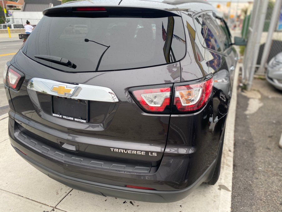 Used Chevrolet Traverse AWD 4dr LS 2013 | Middle Village Motors . Middle Village, New York