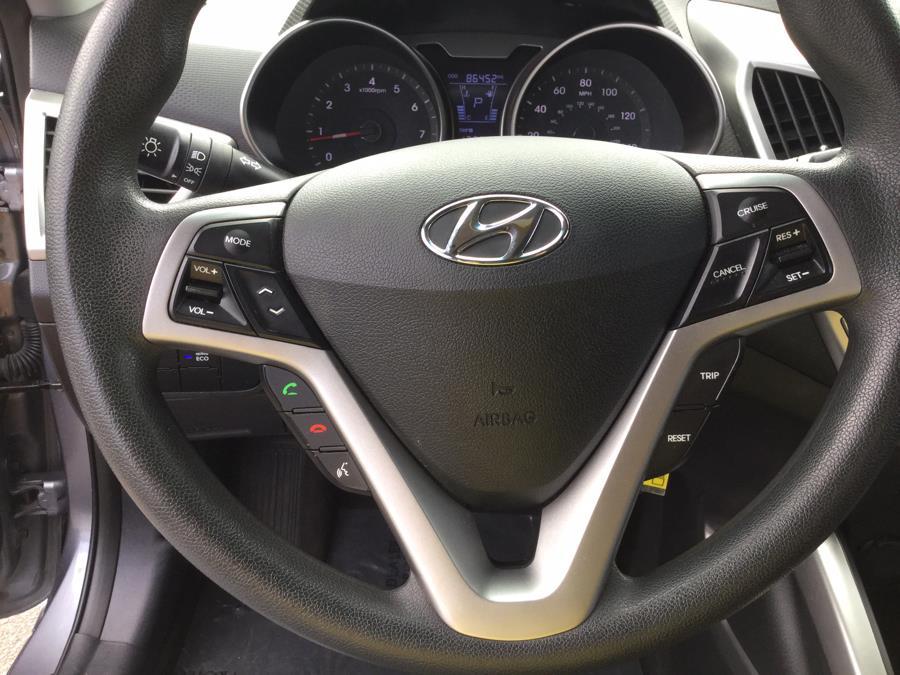 Used Hyundai Veloster 3dr Cpe Auto w/Black Int 2013 | L&S Automotive LLC. Plantsville, Connecticut