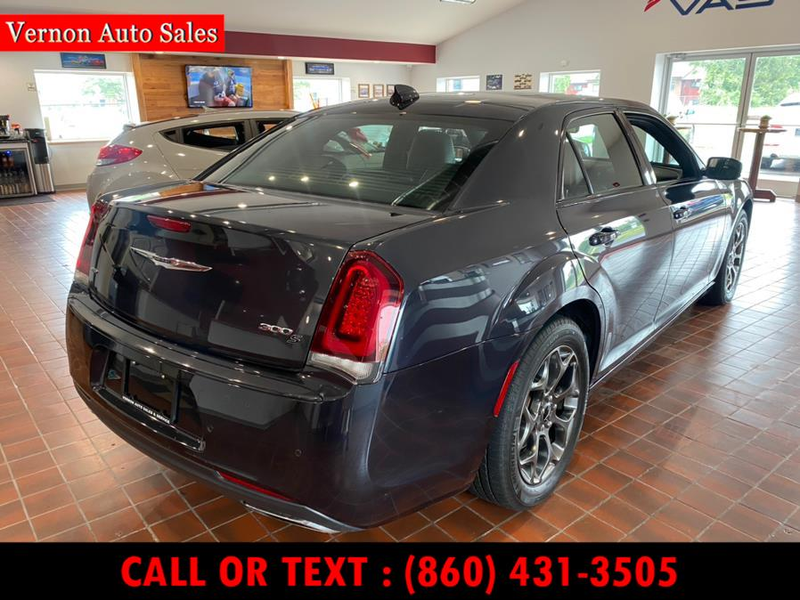 Used Chrysler 300 4dr Sdn 300S AWD 2016 | Vernon Auto Sale & Service. Manchester, Connecticut