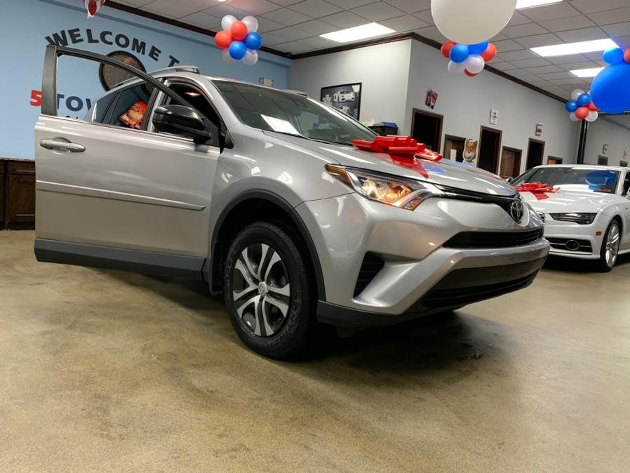 Used Toyota RAV4 LE AWD (Natl) 2017 | 5 Towns Drive. Inwood, New York