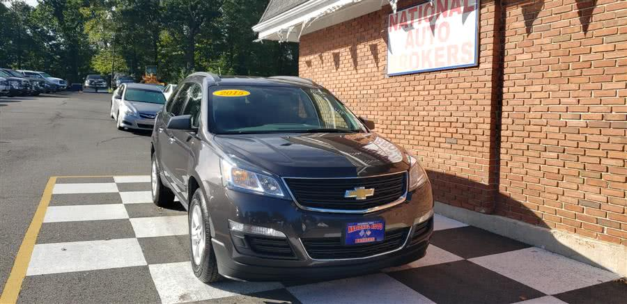 Used 2015 Chevrolet Traverse in Waterbury, Connecticut | National Auto Brokers, Inc.. Waterbury, Connecticut