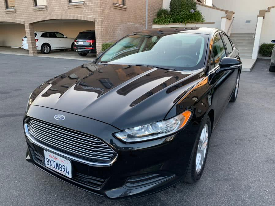 Used Ford Fusion 4dr Sdn SE FWD 2014 | Carvin OC Inc. Lake Forest, California