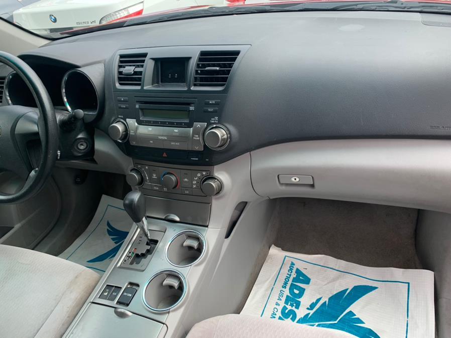 Used Toyota Highlander 4WD 4dr V6  Base (Natl) 2010 | Atlantic Used Car Sales. Brooklyn, New York