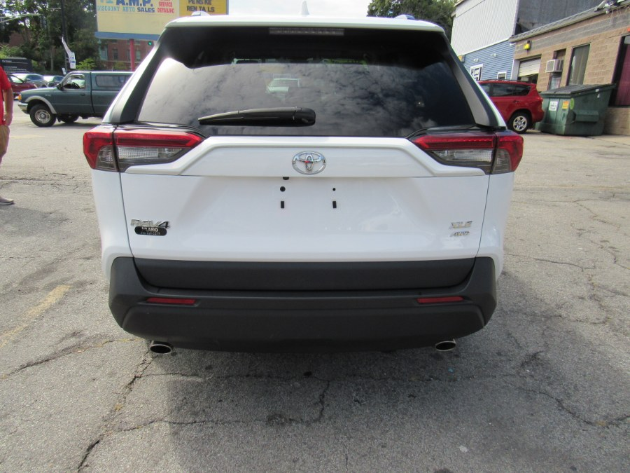 Used Toyota RAV4 XLE 2019   Hilario's Auto Sales Inc.. Worcester, Massachusetts
