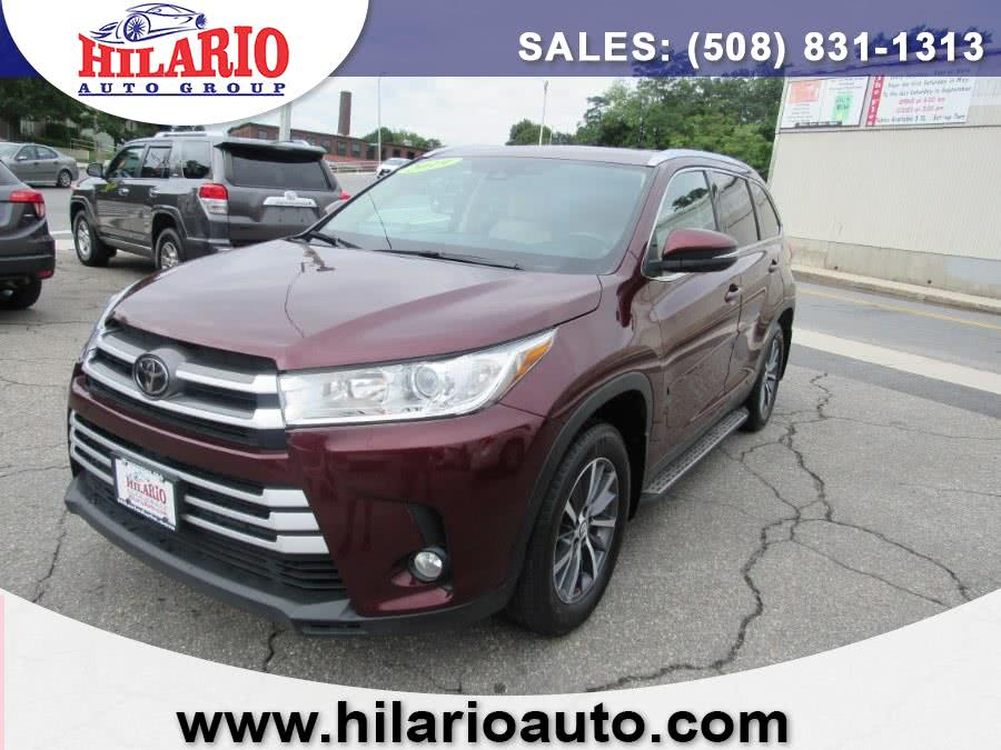 Used 2019 Toyota Highlander in Worcester, Massachusetts | Hilario's Auto Sales Inc.. Worcester, Massachusetts