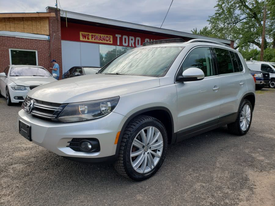 Used Volkswagen Tiguan SEL 4Motion Panoramic Roof Leather Navi AWD 2012 | Toro Auto. East Windsor, Connecticut