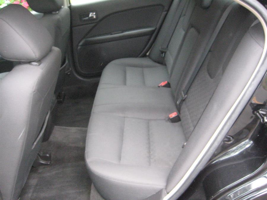 Used Ford Fusion SE 4dr Sedan 2011 | Rite Choice Auto Inc.. Massapequa, New York