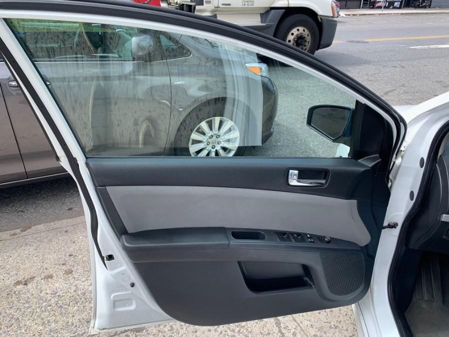 Used Nissan Sentra 4dr Sdn I4 CVT 2.0 SR 2011 | Autoforward Motors Inc.. Brooklyn, New York