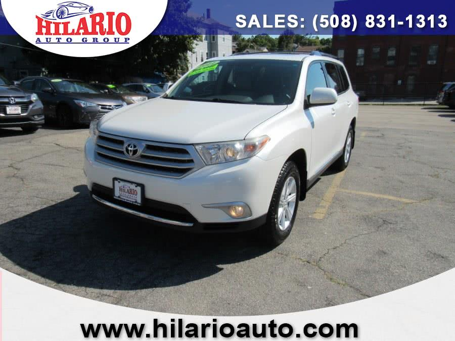 Used 2011 Toyota Highlander in Worcester, Massachusetts | Hilario's Auto Sales Inc.. Worcester, Massachusetts