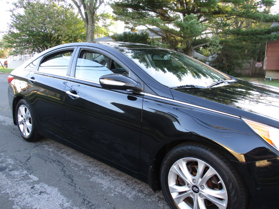 Used Hyundai Sonata 4dr Sdn 2.4L Auto Limited 2013 | New Gen Auto Group. West Babylon, New York