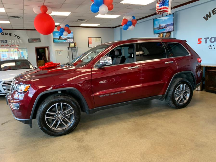 Used Jeep Grand Cherokee Limited 4x4 2017   5 Towns Drive. Inwood, New York