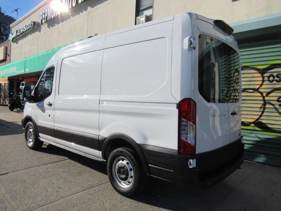 "Used Ford Transit Van T-150 130"" Med Rf 8600 GVWR Sliding RH Dr 2019 | Pepmore Auto Sales Inc.. Woodside, New York"