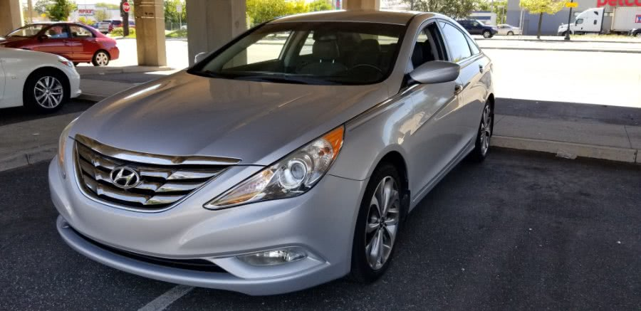 Used 2013 Hyundai Sonata in Baldwin, New York | Carmoney Auto Sales. Baldwin, New York