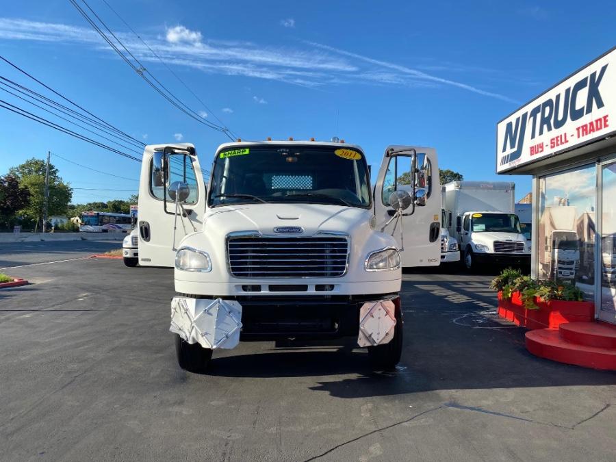 Used FREIGHTLINER M2 106 26FT CUMMINS + DUAL AXLE + PINLOCK FLAT BED + LIFT 2011 | NJ Truck Spot. South Amboy, New Jersey