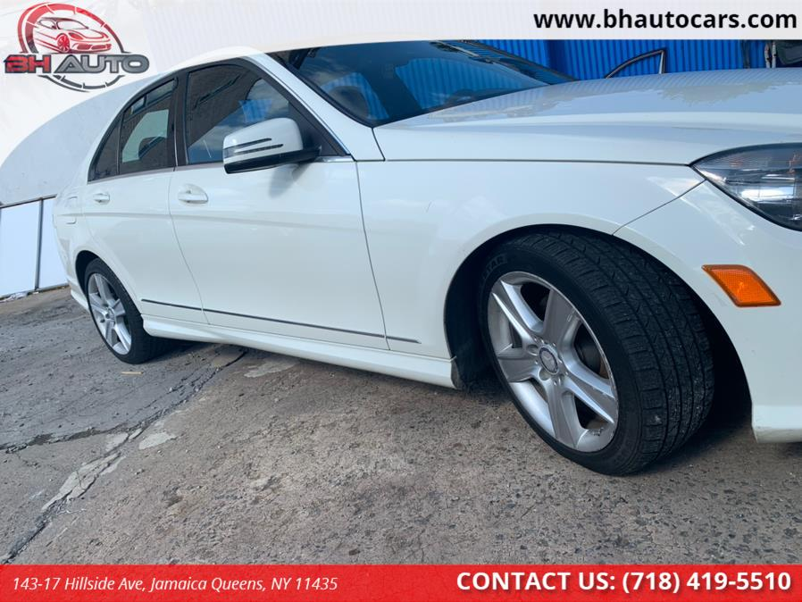 Used Mercedes-Benz C-Class 4dr Sdn C300 Luxury 4MATIC 2011 | BH Auto. Jamaica Queens, New York