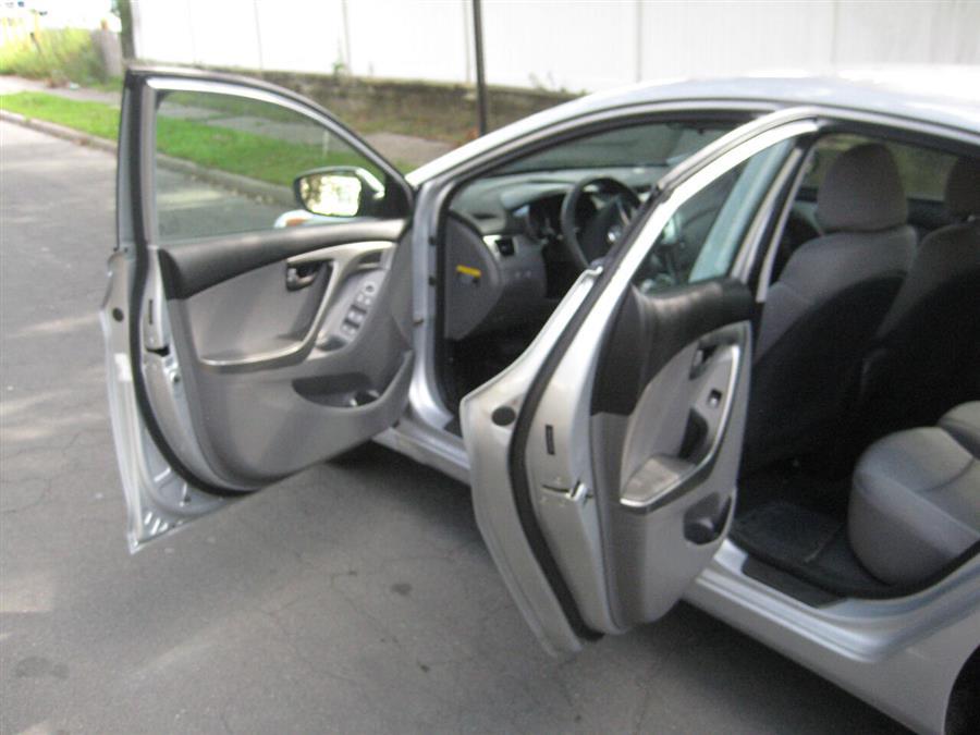 Used Hyundai Elantra GLS 4dr Sedan 6A 2011 | Rite Choice Auto Inc.. Massapequa, New York