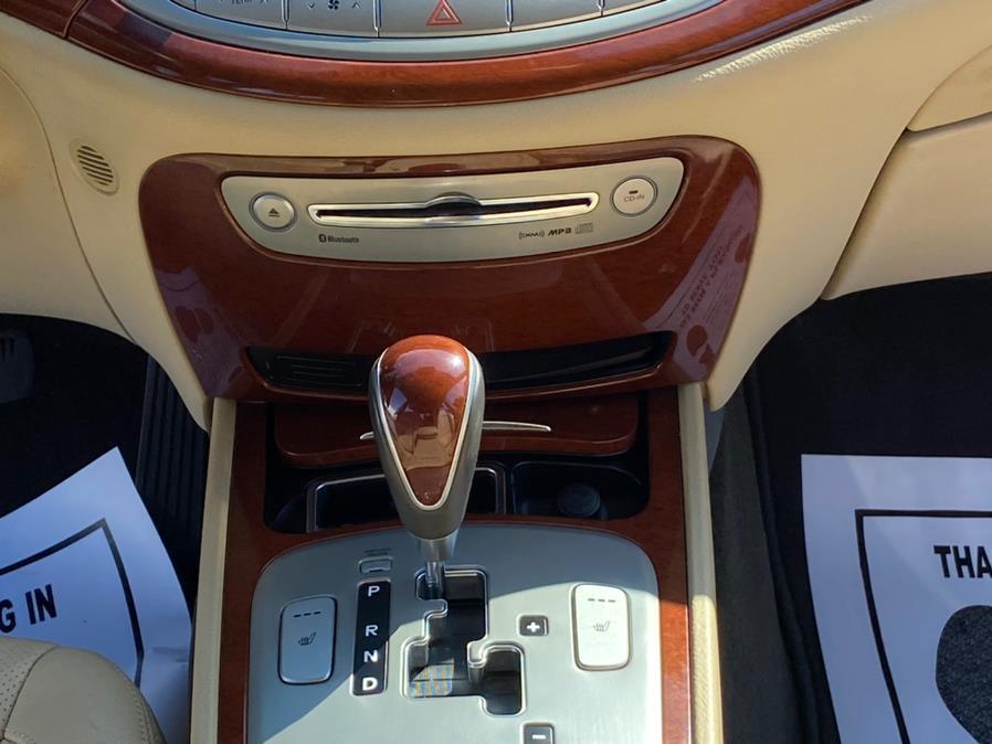Used Hyundai Genesis 4dr Sdn V6 3.8L 2012 | Wonderland Auto. Revere, Massachusetts