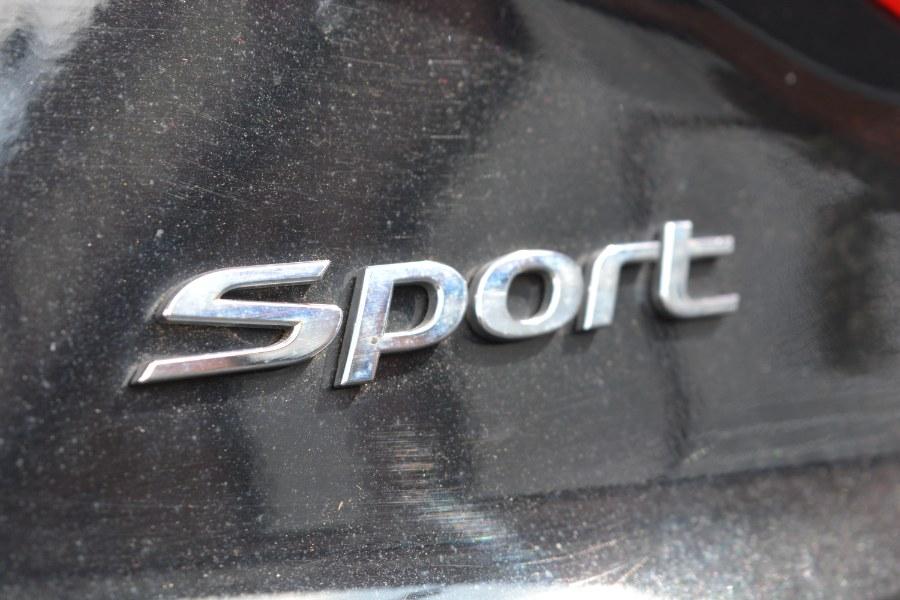 Used Hyundai Sonata 4dr Sdn 2.4L Sport 2015 | Longmeadow Motor Cars. ENFIELD, Connecticut
