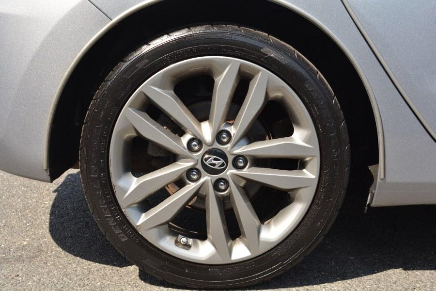 Used Hyundai Elantra GT 5dr HB Auto 2016 | Longmeadow Motor Cars. ENFIELD, Connecticut