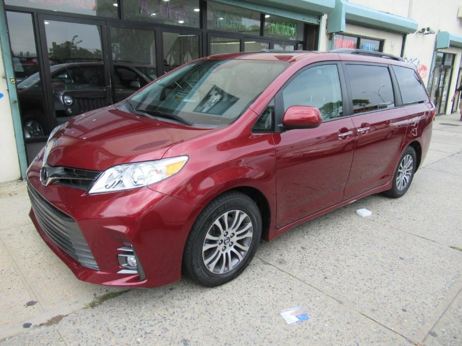 Used Toyota Sienna XLE FWD 8-Passenger (Natl) 2019 | Pepmore Auto Sales Inc.. Woodside, New York