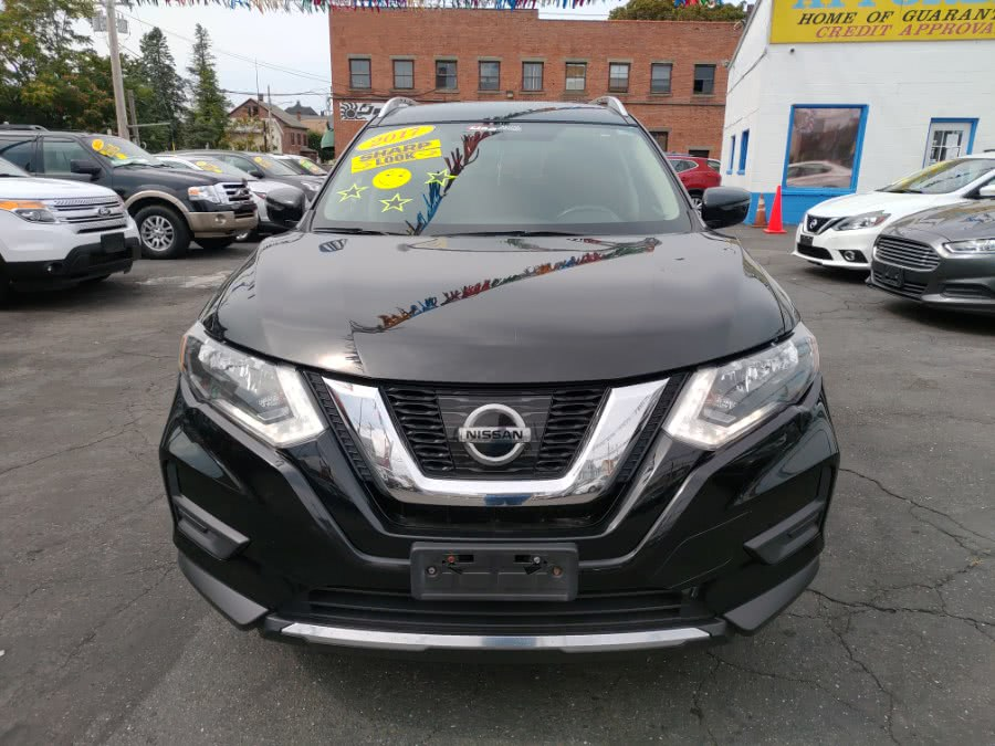 Used 2017 Nissan Rogue in Bridgeport, Connecticut | Affordable Motors Inc. Bridgeport, Connecticut