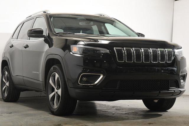 2019 Jeep Cherokee Limited w/ Safety Tech photo