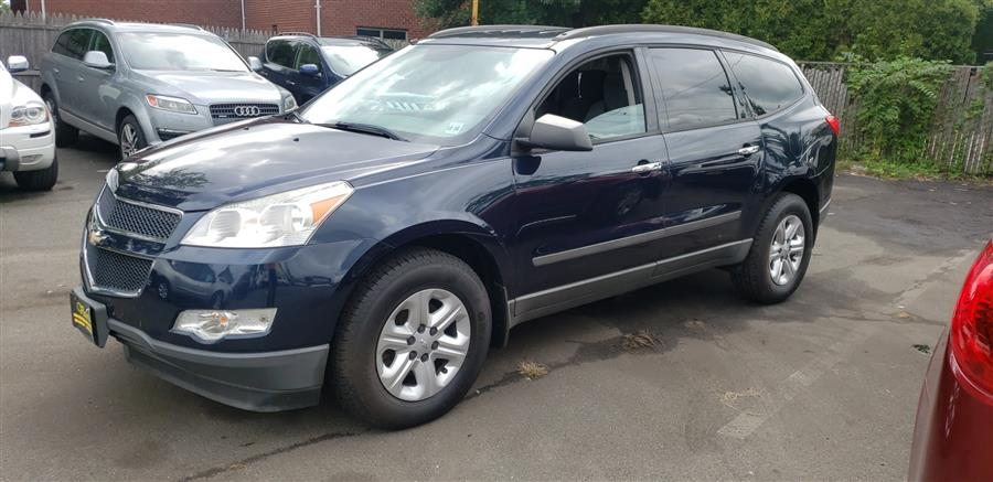 Used Chevrolet Traverse AWD 4dr LS 2012 | Victoria Preowned Autos Inc. Little Ferry, New Jersey