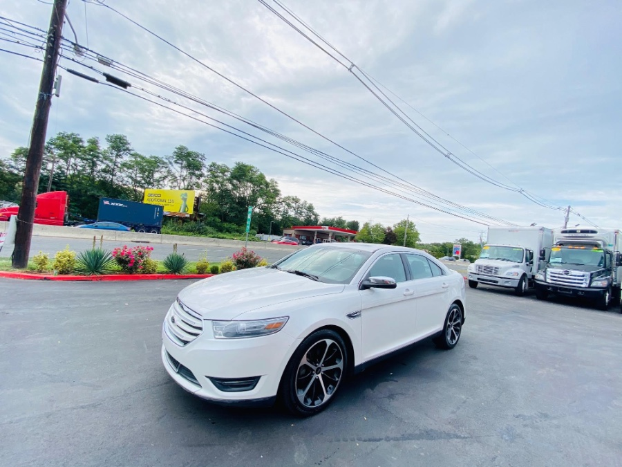 Used Ford Taurus 4dr Sdn Limited AWD 2014 | NJ Truck Spot. South Amboy, New Jersey