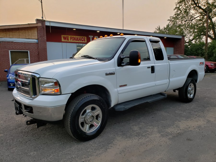 Used Ford Super Duty F-350 SRW Lariat 6.0 Power Stroke Diesel Super Cab Leather 2006 | Toro Auto. East Windsor, Connecticut