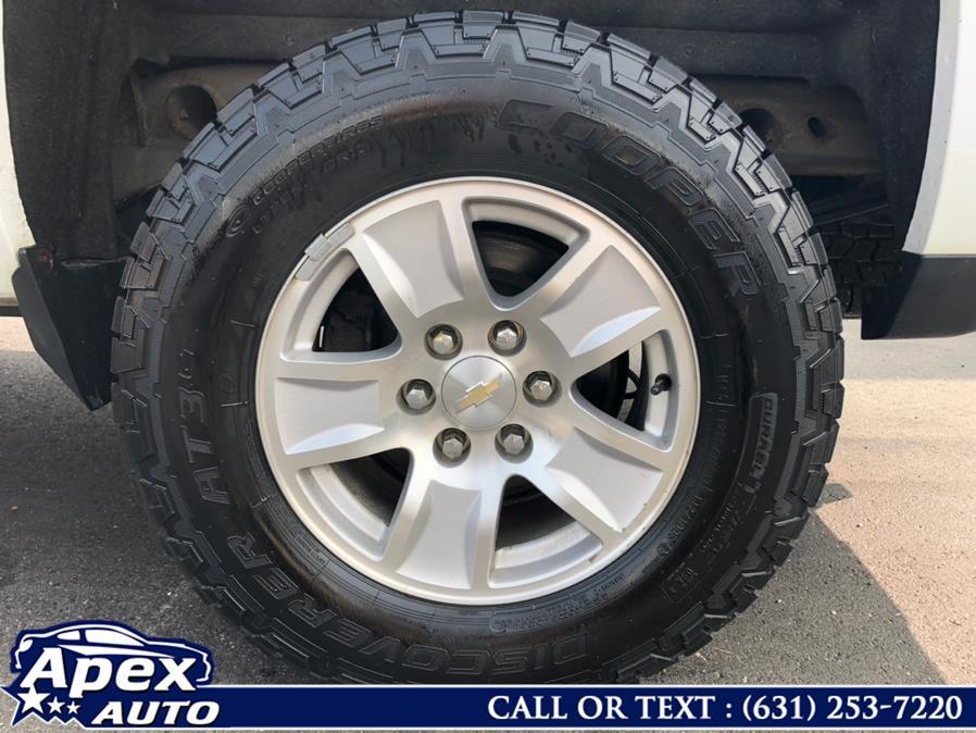 "Used Chevrolet Silverado 1500 4WD Crew Cab 143.5"" LT w/1LT 2016   Apex Auto. Selden, New York"