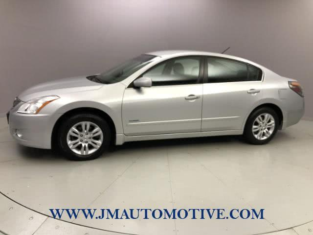 Used Nissan Altima 4dr Sdn I4 eCVT Hybrid 2010 | J&M Automotive Sls&Svc LLC. Naugatuck, Connecticut