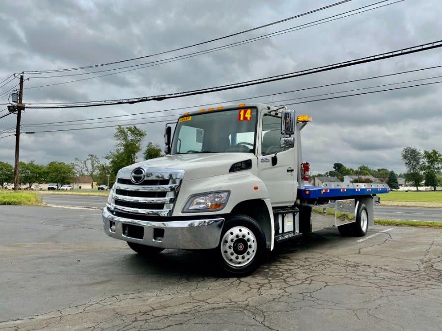 Used 2014 Hino 258 in Burlington, New Jersey | Aladdin Truck Sales. Burlington, New Jersey