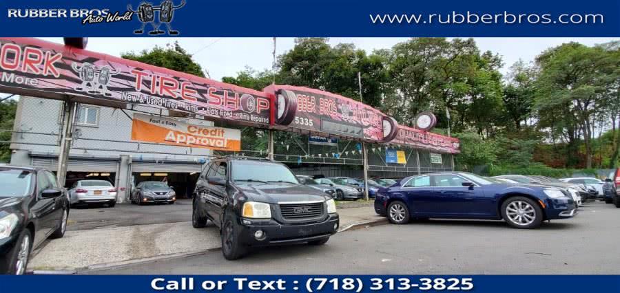 Used 2005 GMC Envoy in Brooklyn, New York | Rubber Bros Auto World. Brooklyn, New York
