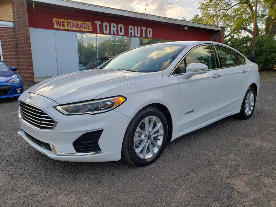 Used 2019 Ford Fusion Hybrid in East Windsor, Connecticut | Toro Auto. East Windsor, Connecticut