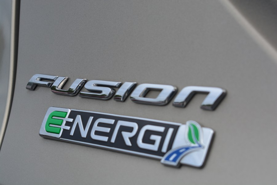 Used Ford Fusion Energi 4dr Sdn SE Luxury 2015 | Longmeadow Motor Cars. ENFIELD, Connecticut