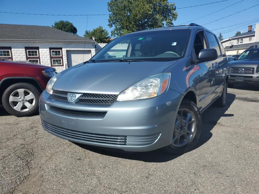 Used 2004 Toyota Sienna in Springfield, Massachusetts | Absolute Motors Inc. Springfield, Massachusetts