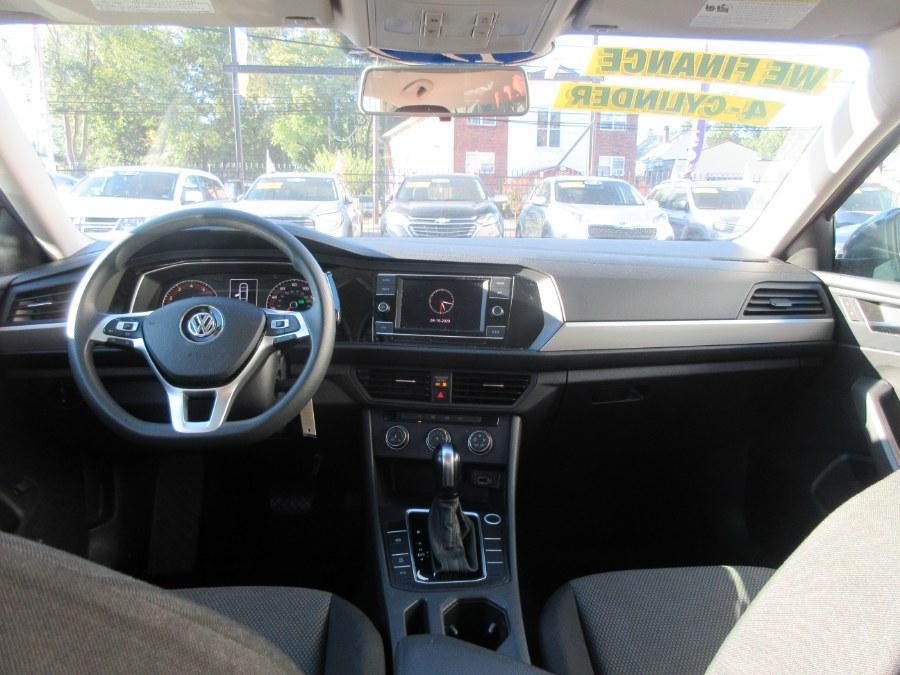 Used Volkswagen Jetta SE Auto w/SULEV 2019 | Route 27 Auto Mall. Linden, New Jersey