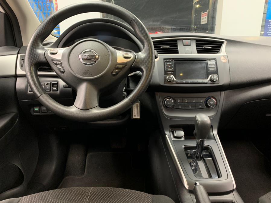 Used Nissan Sentra SV CVT 2018   5 Towns Drive. Inwood, New York