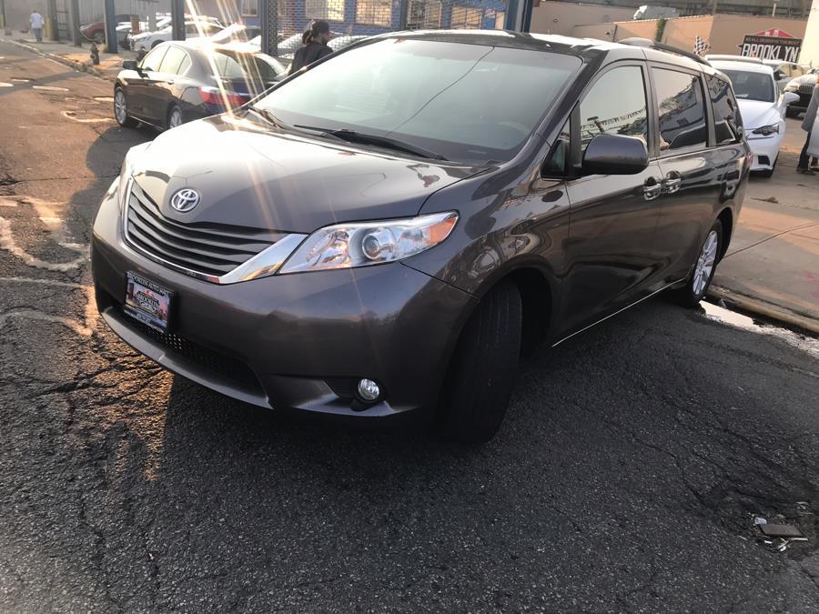 Used 2013 Toyota Sienna in Brooklyn, New York | Brooklyn Auto Mall LLC. Brooklyn, New York