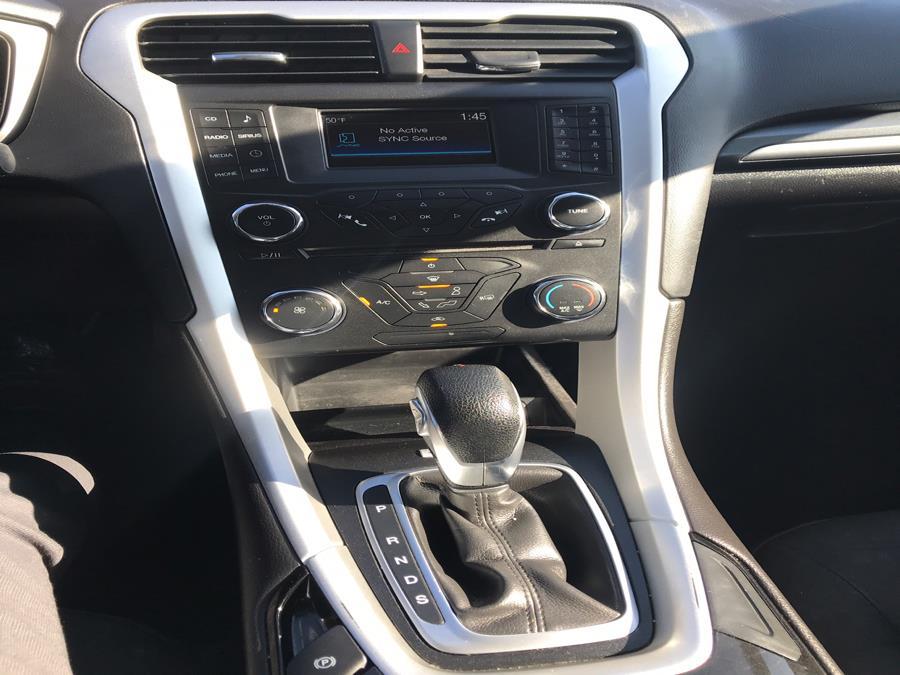 Used Ford Fusion 4dr Sdn SE FWD 2016 | Brooklyn Auto Mall LLC. Brooklyn, New York