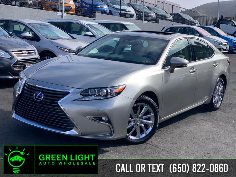 Used 2017 Lexus ES 300h in Daly City, California | Green Light Auto Wholesale. Daly City, California