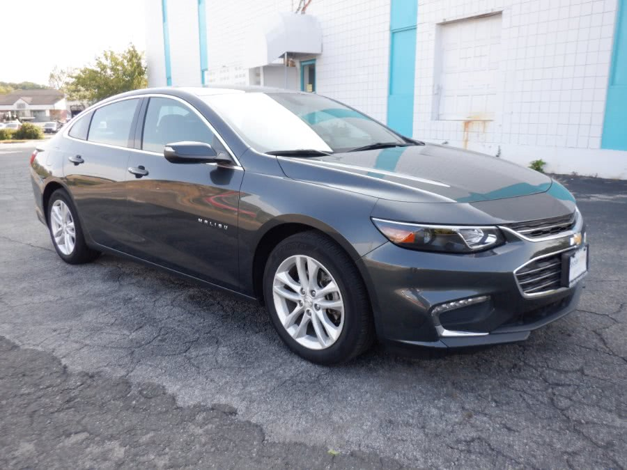 Used Chevrolet Malibu 4dr Sdn LT w/1LT 2017 | Dealertown Auto Wholesalers. Milford, Connecticut