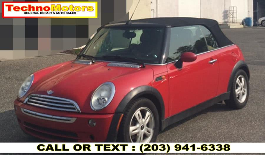 Used 2006 MINI Cooper Convertible in Danbury , Connecticut | Techno Motors . Danbury , Connecticut