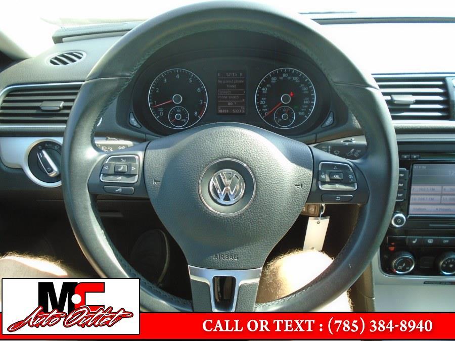 Used Volkswagen Passat 4dr Sdn 2.5L Auto SE w/Sunroof PZEV 2013 | M C Auto Outlet Inc. Colby, Kansas