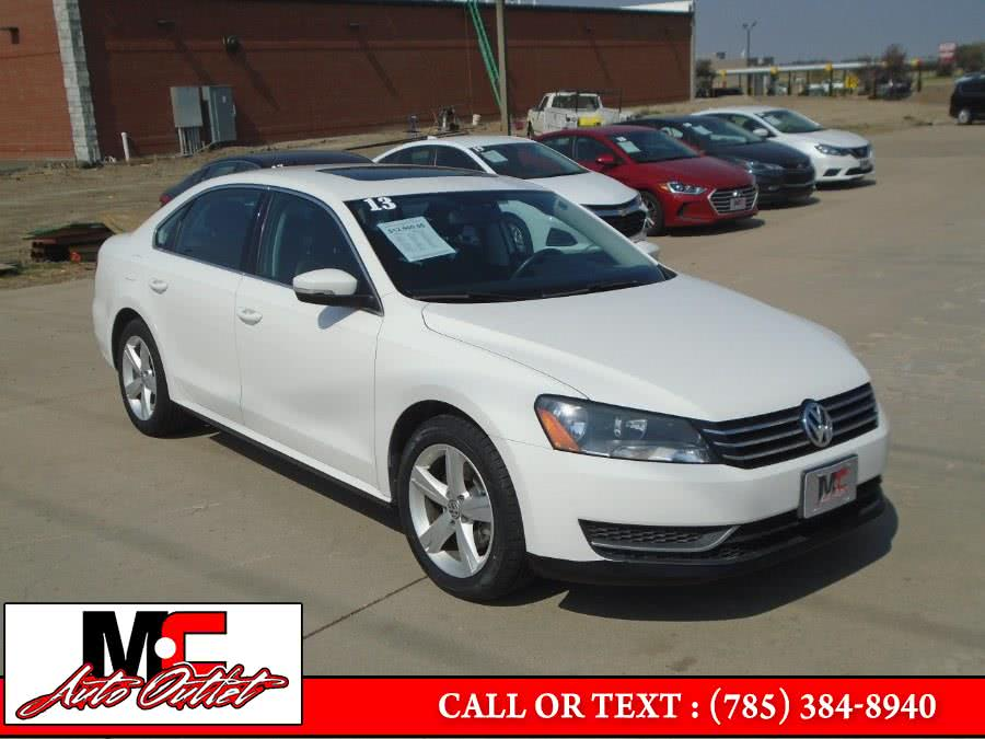 2013 Volkswagen Passat 4dr Sdn 2.5L Auto SE w/Sunroof PZEV, available for sale in Colby, KS