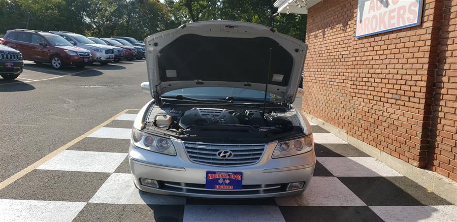 Used Hyundai Azera 4dr Sdn Limited 2008 | National Auto Brokers, Inc.. Waterbury, Connecticut