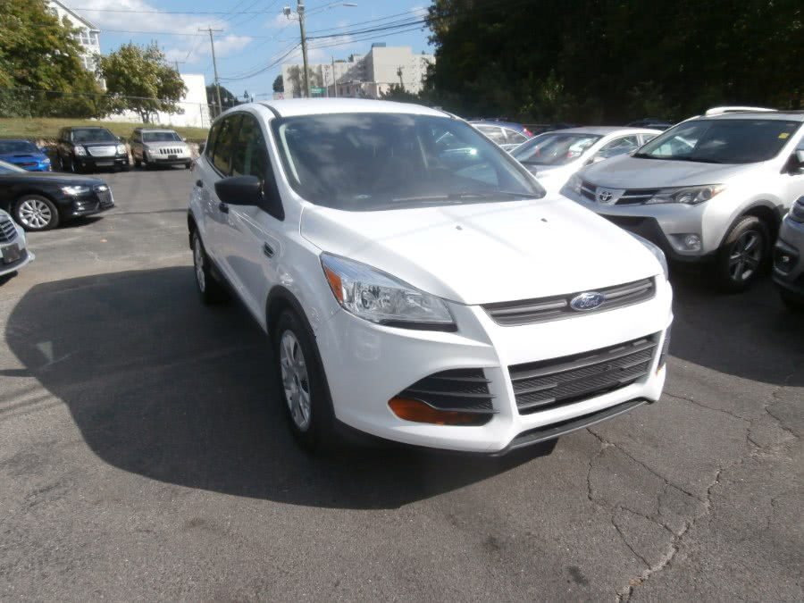 Used Ford Escape FWD 4dr S 2016 | Jim Juliani Motors. Waterbury, Connecticut