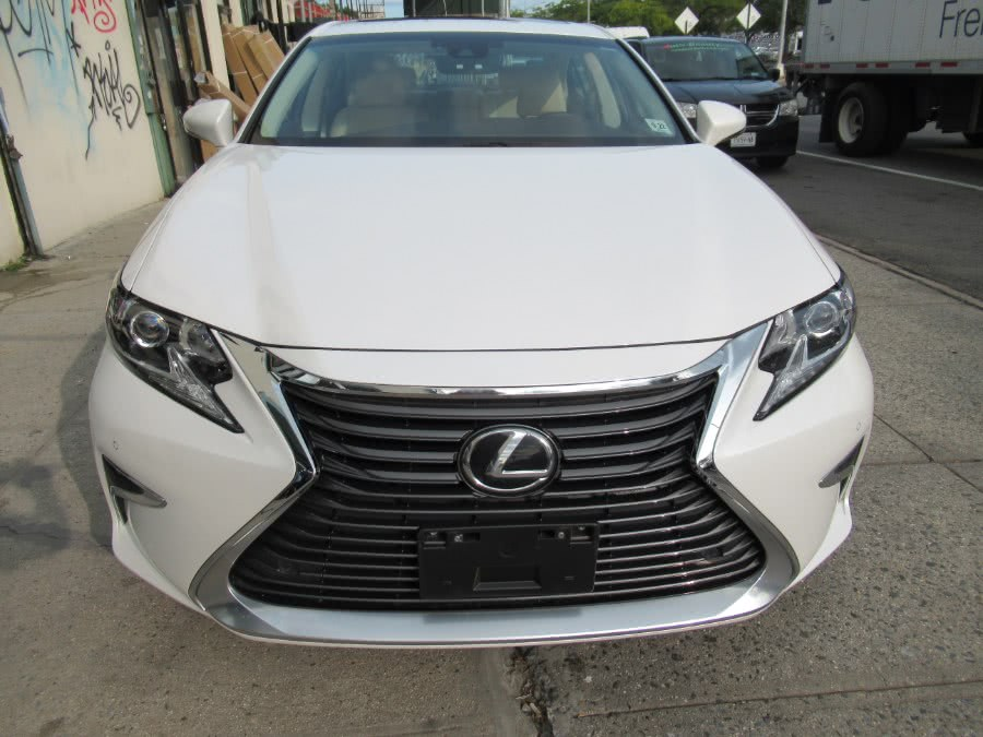 Used 2017 Lexus ES in Woodside, New York | Pepmore Auto Sales Inc.. Woodside, New York
