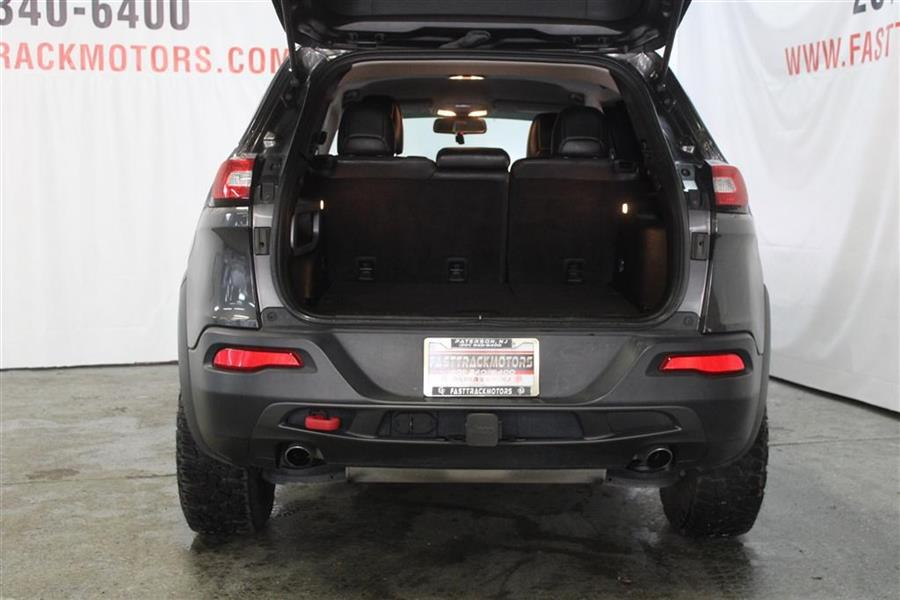 Used Jeep Cherokee TRAILHAWK 2017 | Fast Track Motors. Paterson, New Jersey
